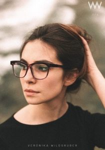 Veronika Wildgruber glasses in purple